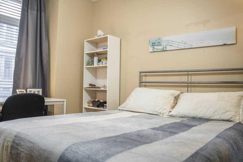 Room 1 / La Maison Coloniale du Plateau